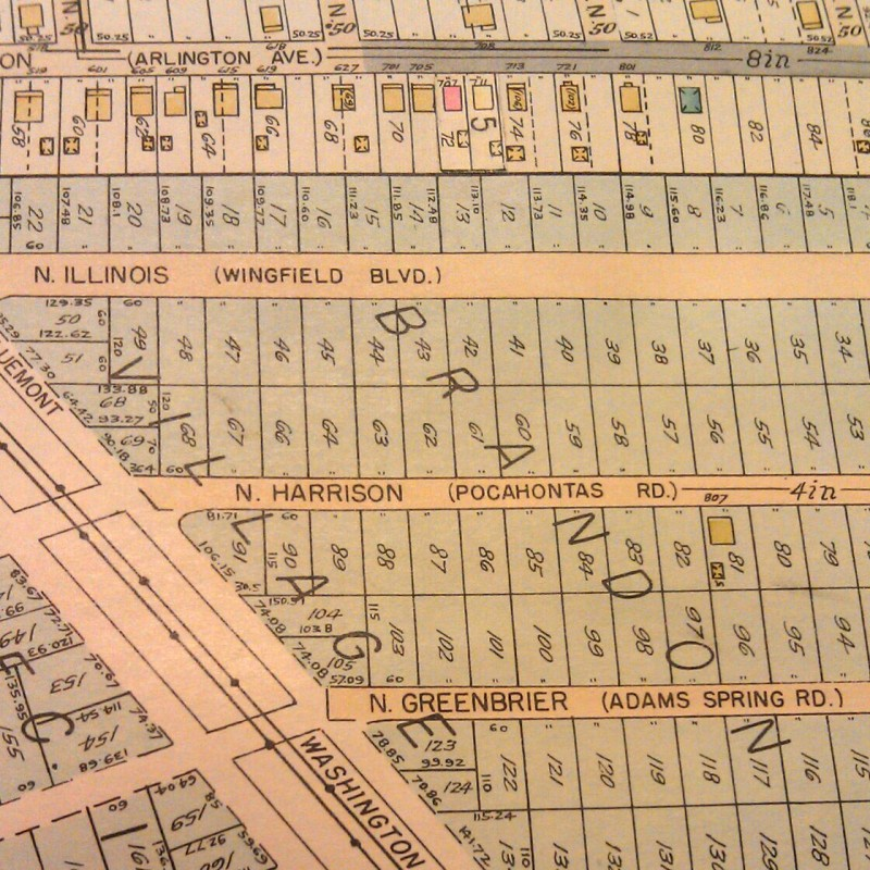 An image from a 1935 Atlas of Arlington County in Arlington Public Library's collection shows the new and old street names with the former street names in parentheses.
